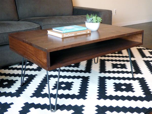 #DIY mid-century modern coffee table #midcenturymodern #hairpinlegs