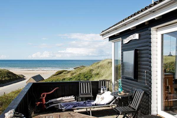 Maritimes Ferienhaus in Løkken mit Meerblick