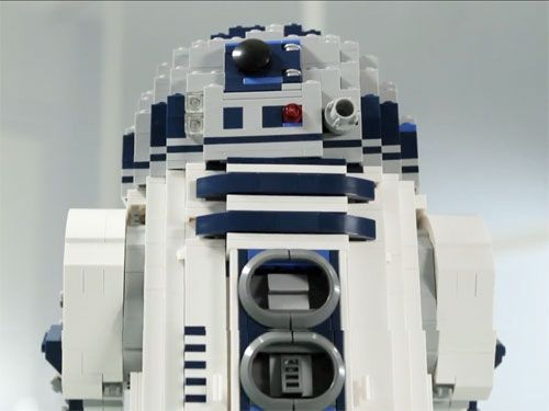 I need this >> Lego introduces 2100 piece R2D2 - this would be a great way to spend an afternoon.