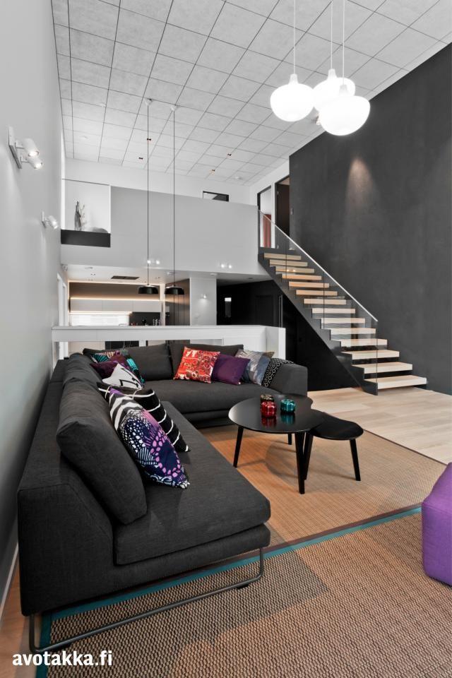 Jyväskylän asuntomessuilla 2014 kohteessa Lammi-Kivitalo 11 osana sisustusta myös Candeo-kirkasvalolaite.