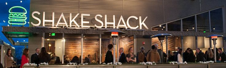Chestnut Hill, MA | Shake Shack Restaurant