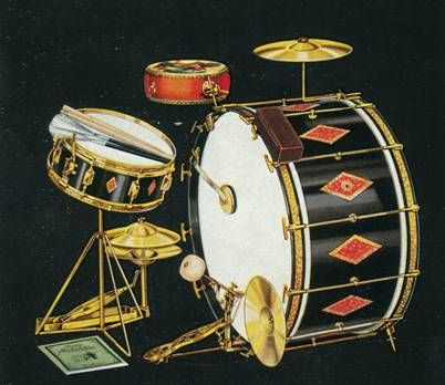 1934  Slingerland drum kit. Awesome. I wonder what it sounds like tuned to more modern pitches.