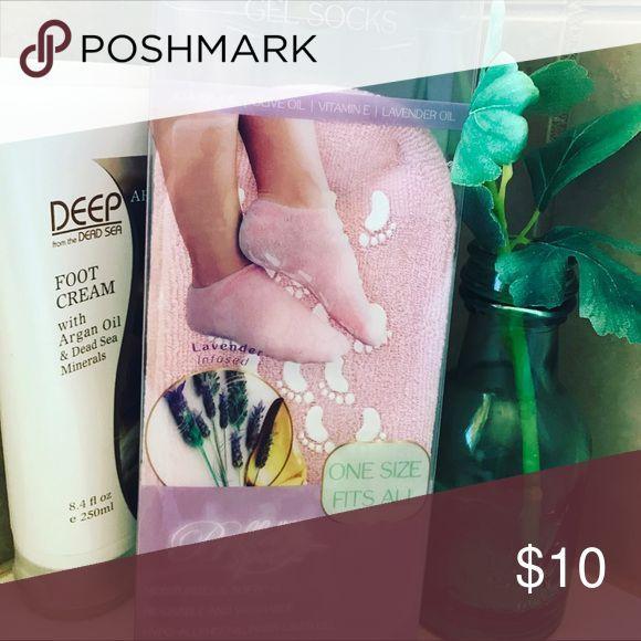 Lavender infused gel socks Soothing Moisturizing footwear Unlisted Other