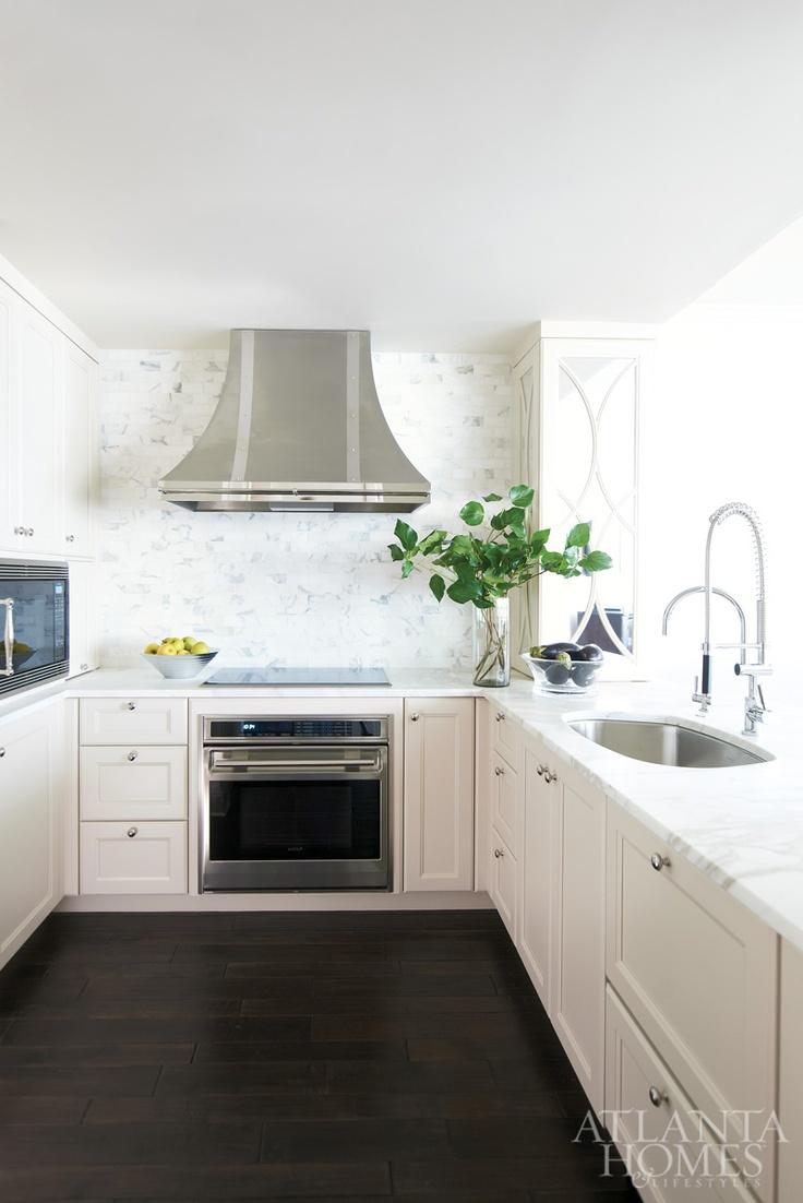 White apron galleria 7 - Design By Robin Pittman Design Galleria Kitchen Bath Studio Photography By David Christensen