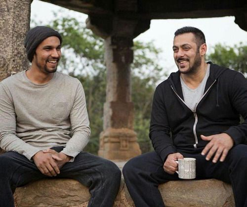 Randeep Hooda and Salman Khan chilling in between takes of...