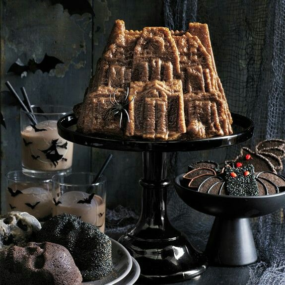 Nordic ware Haunted House