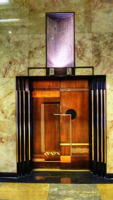 elevator inside bullocks wilshire