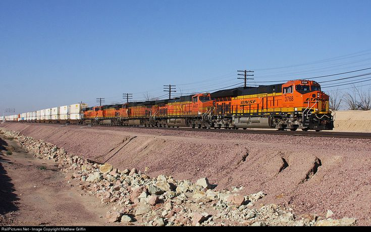 RailPictures.Net Photo: BNSF 3768 BNSF Railway GE ET44C4 at Barstow, California by Matthew Griffin