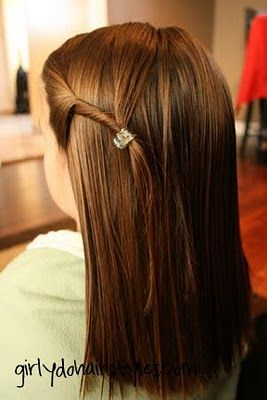 Looks cute and easy. Pinner says: The Twist Back Twist back a portion of her hair and clip it to the back of her hair. So easy. Spotted at Girly Do Hairstyles