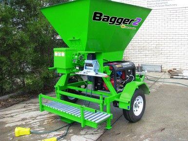 Mobile compost bagging machine Price : AU$31,350.00 (inc GST) AU$28,500.00 (exc GST)