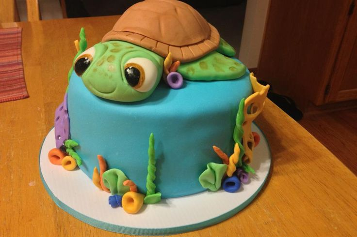 Sea turtle baby shower cake I made. Everything is made out of MM Fondant.