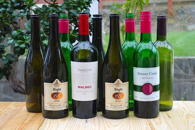 Hometalk :: Transform Wine Bottles Into Handmade Candles