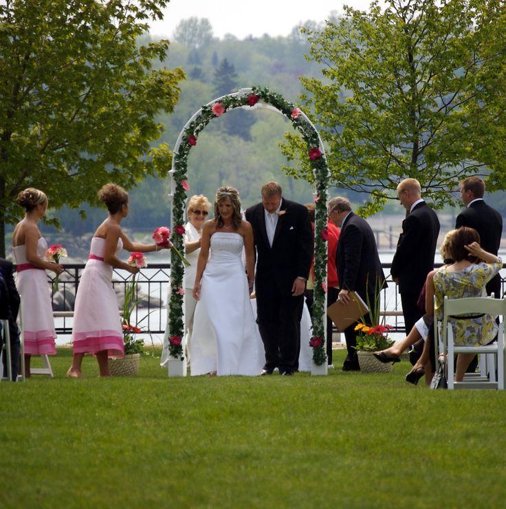 Outside Wedding Ceremony Edmonton: 1000+ Images About Outdoor Wedding Ceremonies On Pinterest