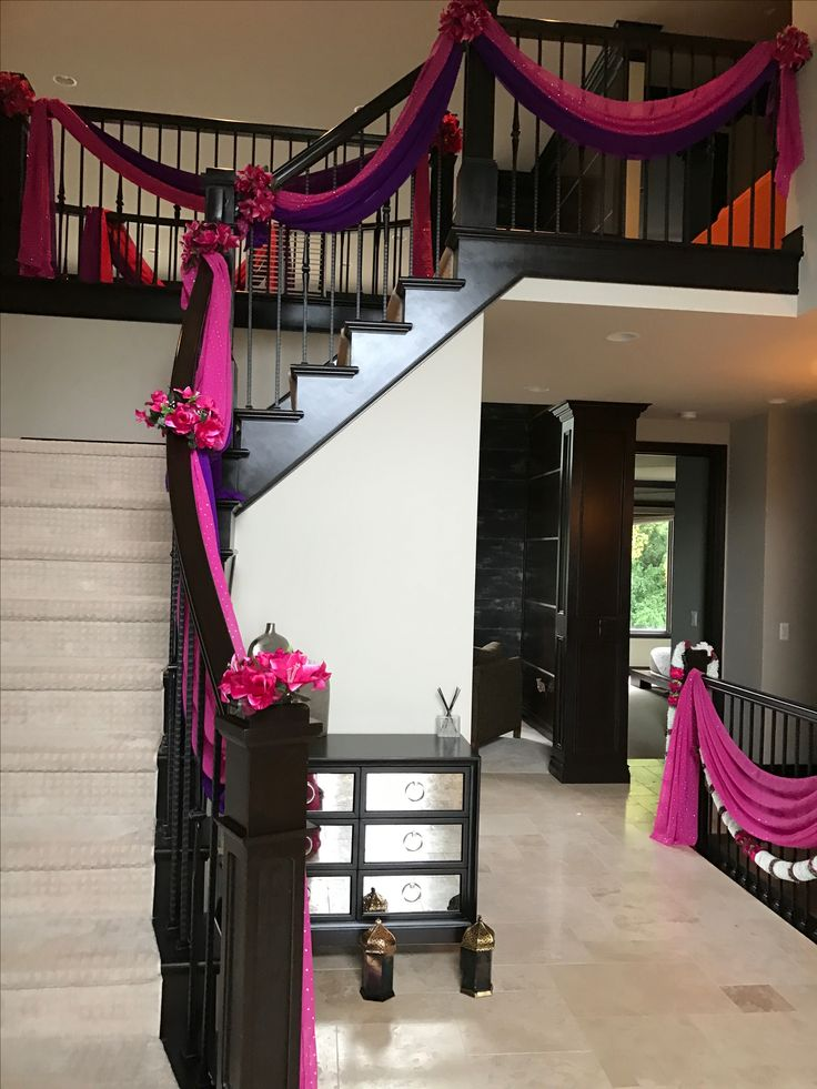 best 25 wedding staircase decoration ideas on pinterest wedding staircase wedding. Black Bedroom Furniture Sets. Home Design Ideas