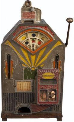 Vintage slot machines & arcade games at Victorian Casino Antiques winter auction on January 19-20.