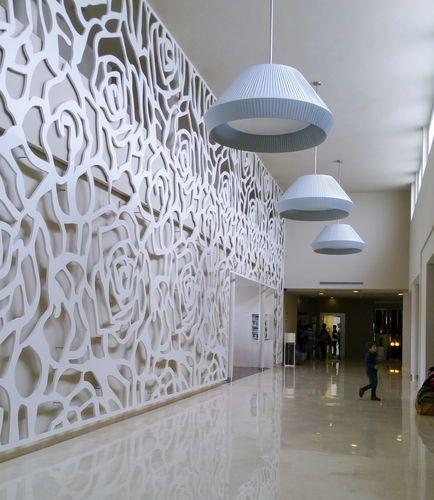 Celosías arquitectónicas disponibles en 6 materiales y 3 tramas diferentes…