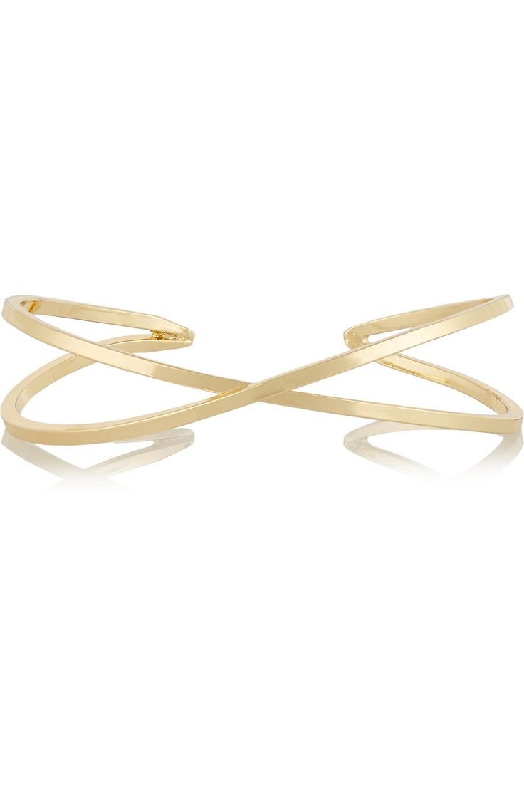 Kenneth Jay LaneGold-plated cuff close up