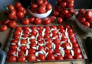 soep Geroosterde tomatensoep | LeesVoer Geroosterde tomatensoep | Een zoektocht naar domestic bliss omgetoverd tot smakelijk leesvoer