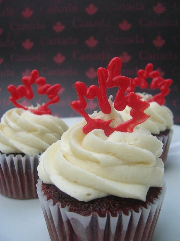Oh Canada Cupcakes