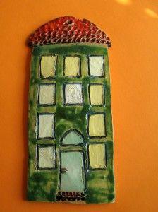 Zielona kamieniczka - rękodzieło ceramiczne