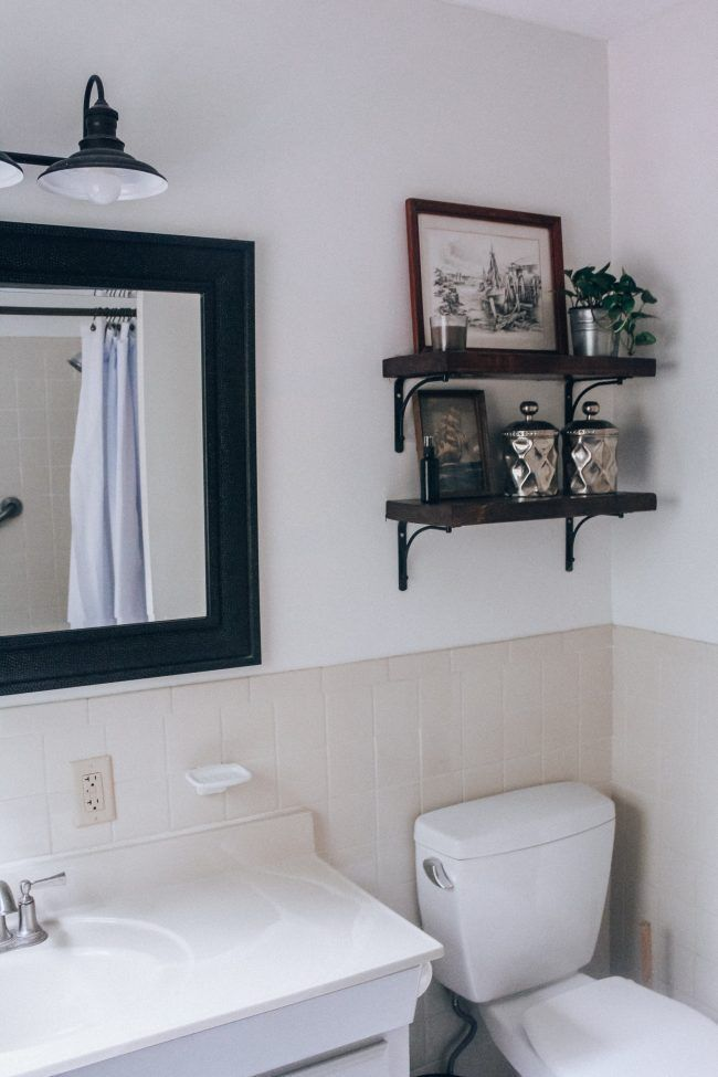 A quick bathroom makeover with white paint and open shelving   – Bath – #Bath #B…   – shelves in bedroom