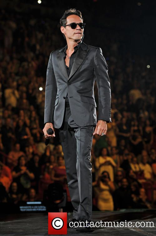 Marc Anthony performs live at the American Airlines Arena on his 'Cambio de Piel' tour