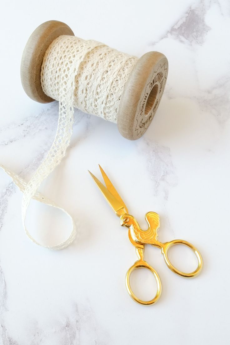 Chicken scissors! These embroidery scissors are so cute!