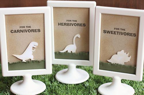 dinosaur party decorations by mom2sofia, via Flickr