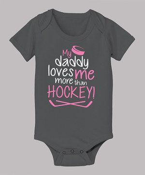 Show some love for the rink with this sweet bodysuit. Constructed from comfy cotton and boasting a clever hockey graphic, it makes a winning addition to any tiny fan's fashion lineup.