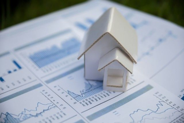 Property Experts Reveal Their Housing Market Forecasts for 2017