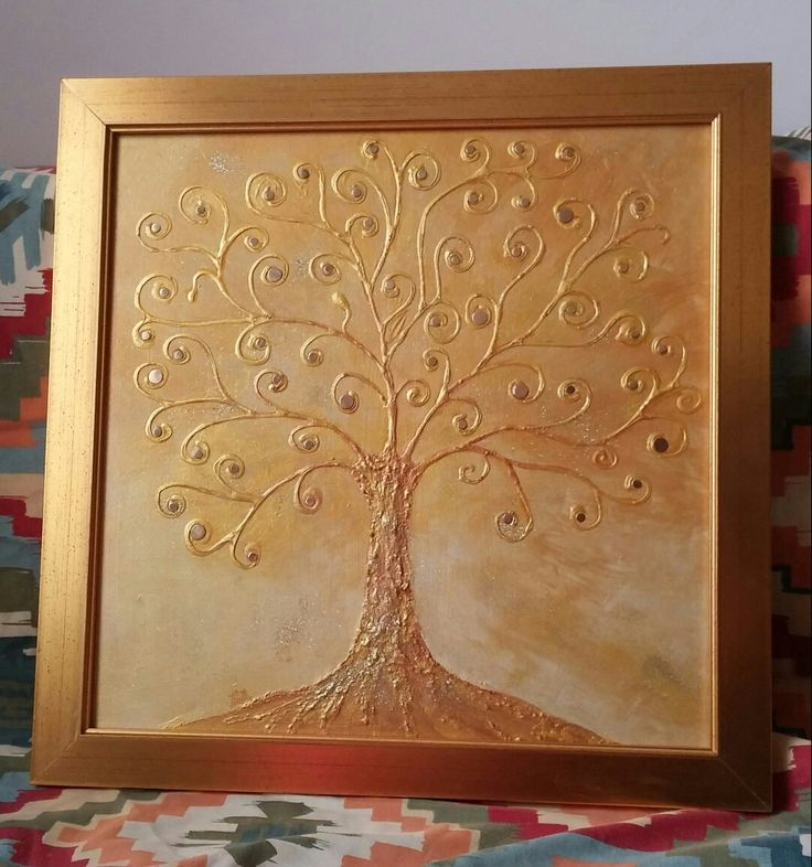 """""""Aranyos fa"""" 40×40 cm Akrill arany különböző árnyalatai + arany fém korongocskák."""