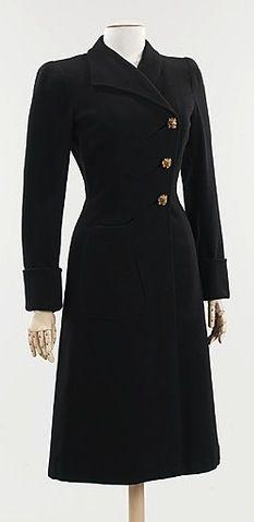 1940 Elsa Schiaparelli  The Metropolitan Museum of Art