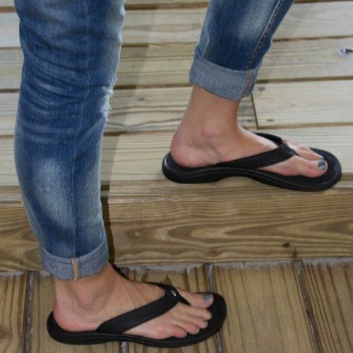 OluKai 'Ohana Women's Sandals with Arch Support | Orthotic Shop