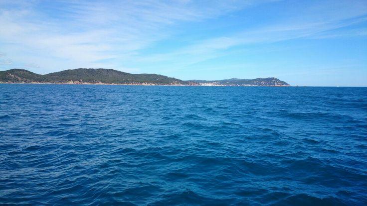 Salida a navegar en velero zona Costa Brava Palamós.