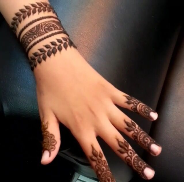Best 25 Wrist Henna Ideas That You Will Like On Pinterest