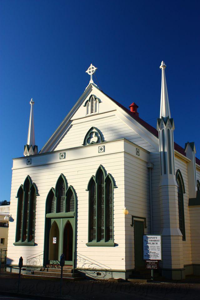 The church that survived the earthquake - Art Deco Napier, NZ…