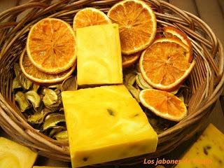 Jabón casero de naranja y limón
