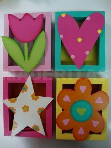 Cuadros multicolor.