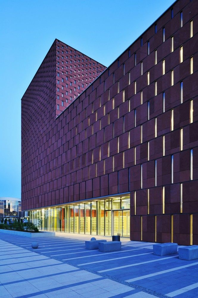 CINiBA (University of Silesia Library), by HS99, winner of the ArchDaily Building of the Year 2012, category: Museums and Libraries. Katowice, Poland.