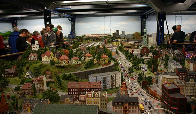Get more information about the Miniatur Wunderland on Hostelman.com #attraction #Germany #museum #travel #destinations #tips #packing #ideas #budget #trips