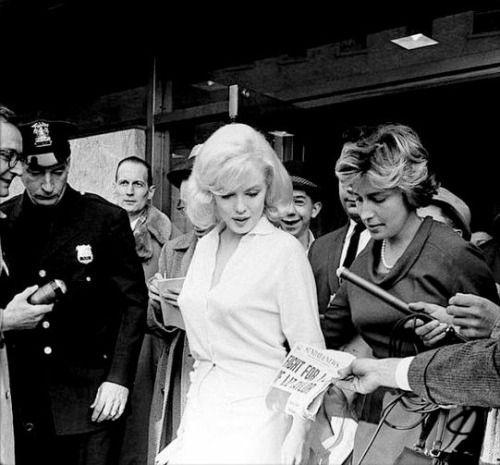"""Marilyn Monroe leaving Columbia Presbyterian Hospital, 1961. """