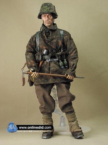www.actionfiguren-shop.com | Slavko Juric | Online 1:6 Figuren und Zubehör kaufen