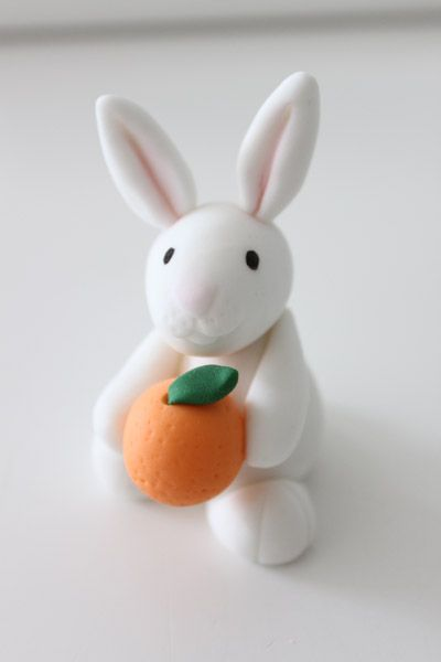 "Fondant rabbit / bunny -- ""I did that for my birthday last year - it's pretty easy and turned out lovely -- Selina"""