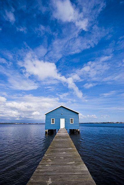 Blue House #OPIEuroCentrale #EursoEuro