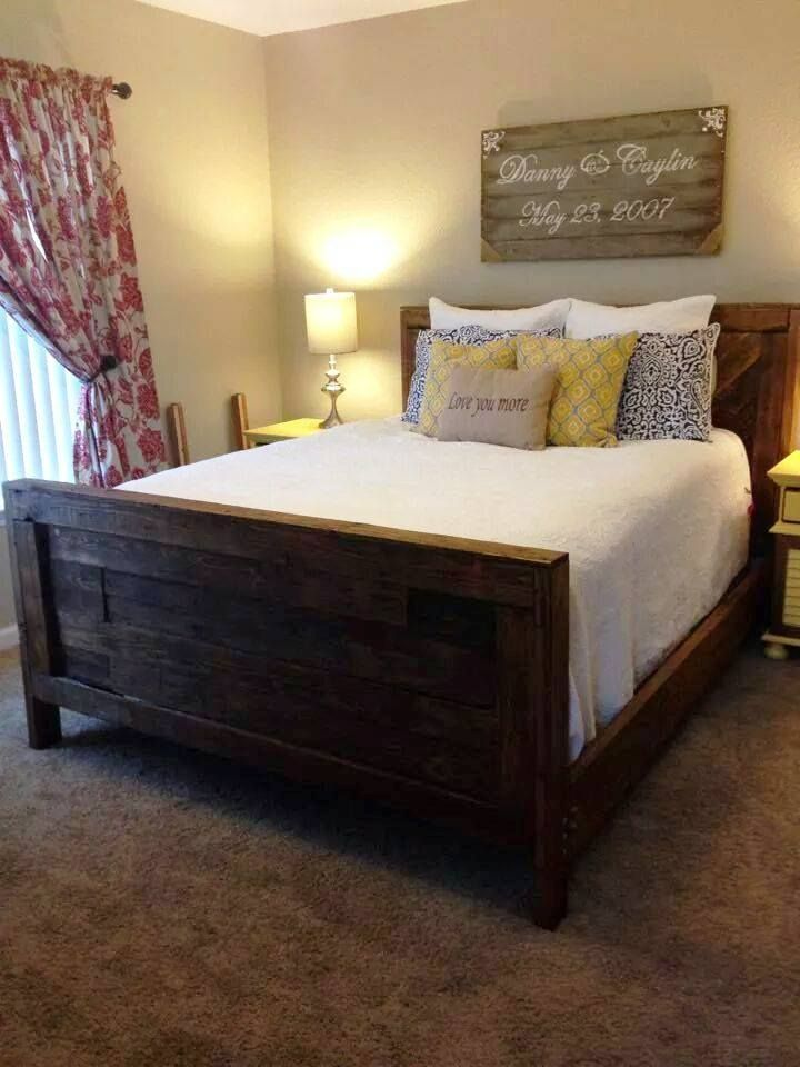 Rustic Inspired Pallet Furniture Ideas & Projects | 99 Pallets