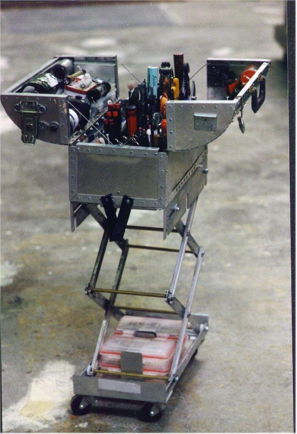 Mythbuster Adam Savage's scissor-lift toolbox.