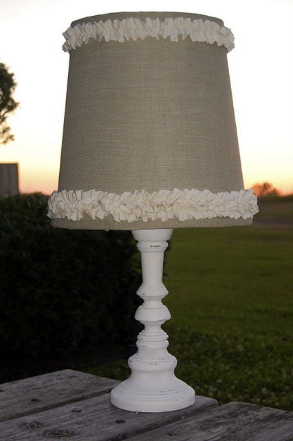 Best 25 burlap lamp shades ideas on pinterest redo lamp for Redoing lamp shades
