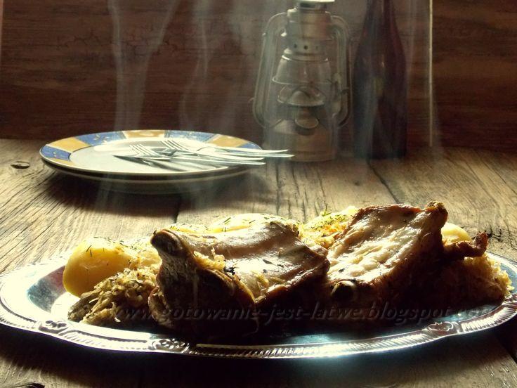 Gotowanie jest łatwe: Żeberka duszone w kapuście po staropolsku