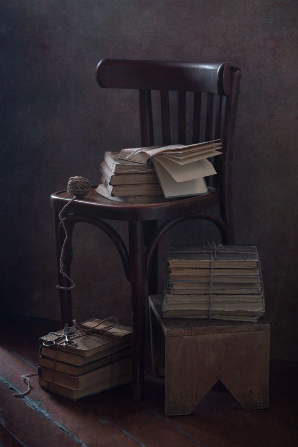 35PHOTO - Курочкина Диана - Перебирая старые книги