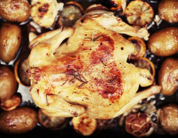 Запеченная курица с лимоном, розмарином и чесноком | Вкусный год с Анной Людковской